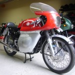 Norton Atlas - 1966 - Dunstall Fairing, Front Borrani Wheel Rim and Avon Tyre.