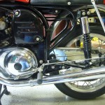 Norton Atlas - 1966 - Dunstall Mufflers, Frame and Primary Drive Case/