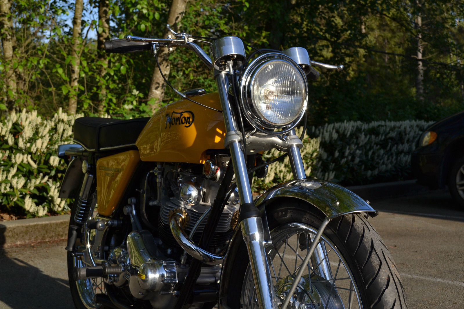 Norton Commando S-Type - 1969 - Front Forks, Front Wheel and Fender.