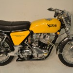 Norton Commando S-Type - 1969 - Gas Tank, Engine, Seat, Levers and Handlebars.