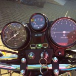 Suzuki GT750B - 1977 - Running, Clocks, Speedo and Tacho.