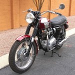Triumph Bonneville T120R - 1970 - Front Wheel, Front Forks, Headlight, Front Brake and Handlebars.
