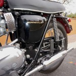 Triumph Bonneville T120R - 1970 - Side Panel, Air Filter, Muffler and Seat.