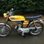 Yamaha SS50 - 1973 - Left Side View, Engine, Gearbox, Pedals. Chain Guard and SS Badge.