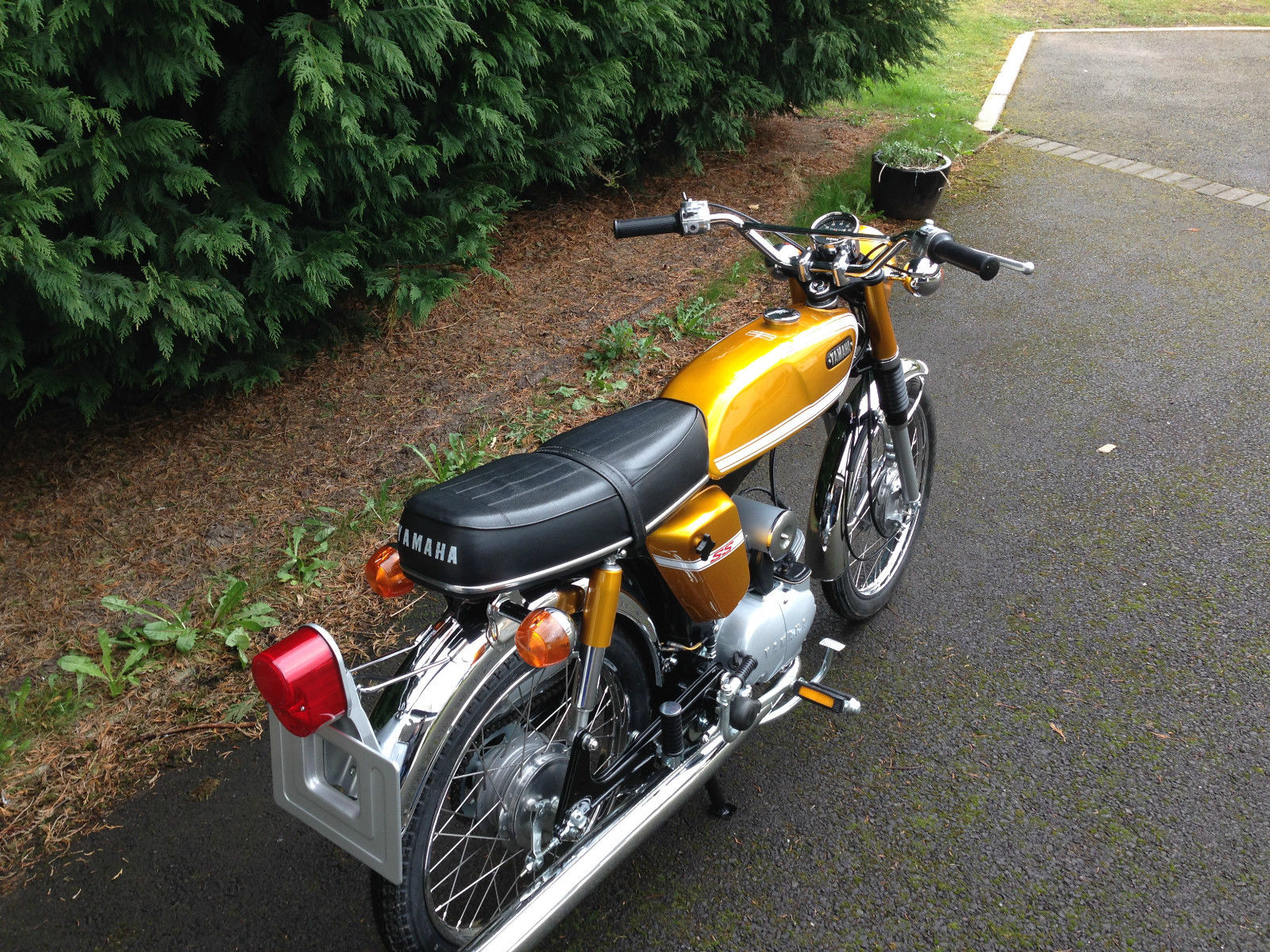 Yamaha SS50 - 1973 - Rear Light, Number Plate, Indicators and Seat.