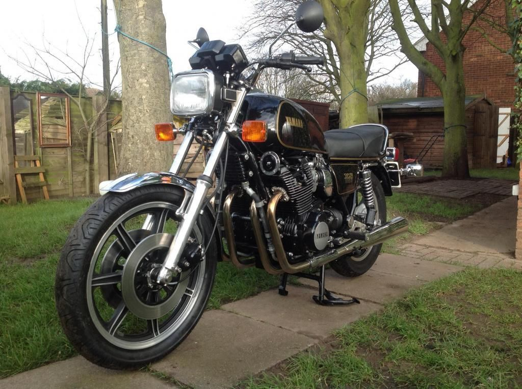 Yamaha XS1100 - 1980 - Front Wheel, Disc Brakes, Front Mudguard and Forks.