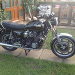Yamaha XS1100 - 1980 - Right Side View, Fuel Tank, XS1100 Decals and Side Panel.