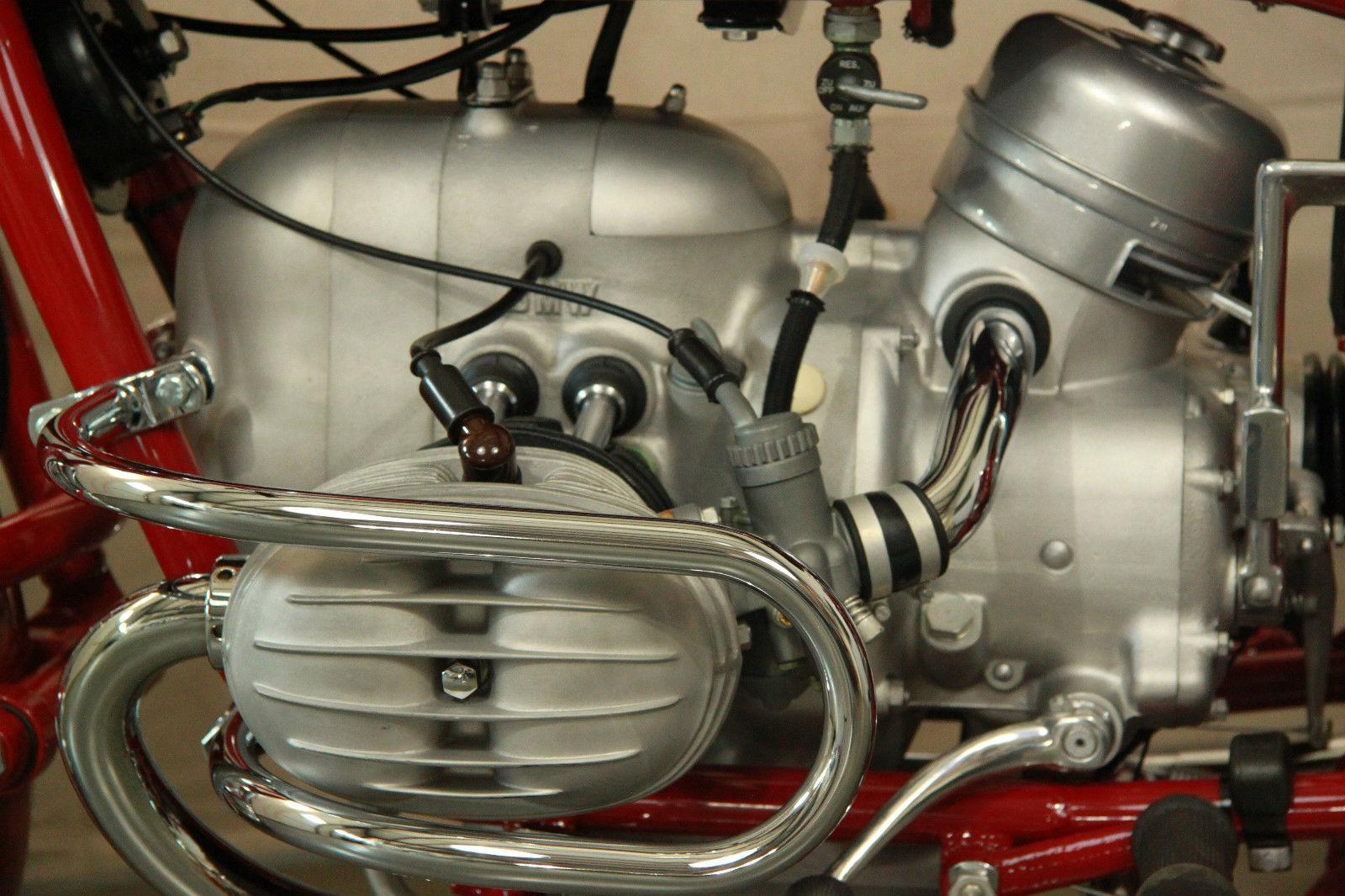 BMW R60/2 - 1963 - Crash Bar, Engine Protector, Rocker Cover, Spark Plug and Carb.