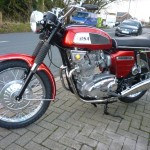 BSA Rocket 3 - 1969 - Wheel Rim, Spokes, Wheel Hub, Forks, Headlight and Handlebars.