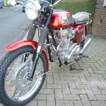 BSA Rocket 3 - 1969 - Front Wheel, Front Brake, Front Fender, Headlight and Mudguard.