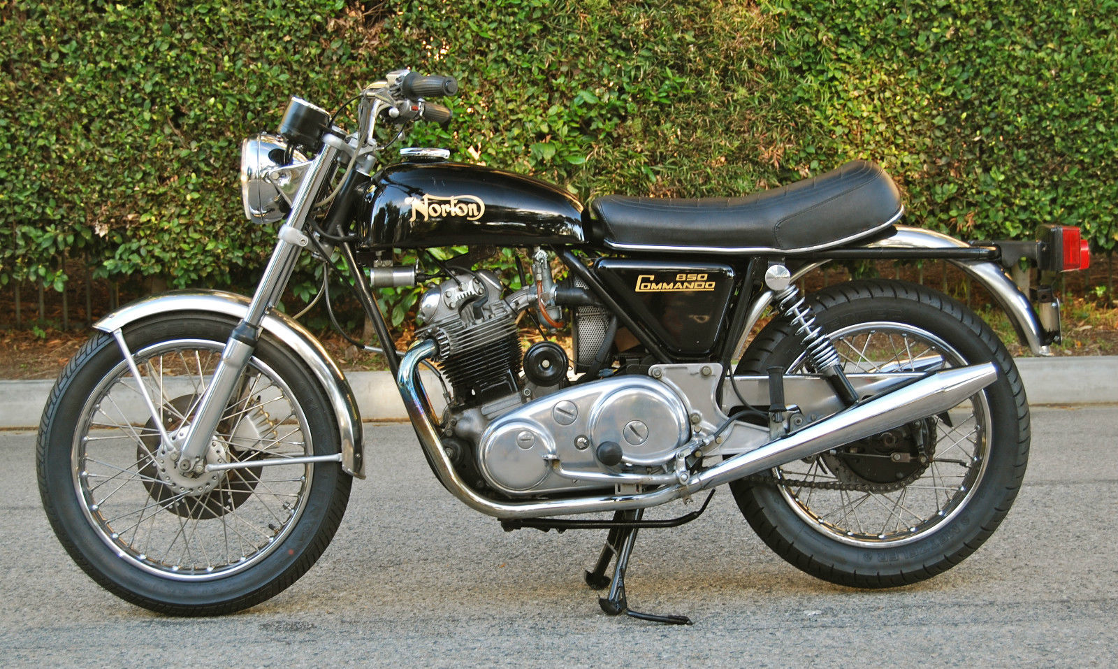 Restored Norton Commando 1974 Photographs At Classic