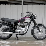 Triumph Bonneville - 1967 - Right Side View, Engine and Gearbox, Frame and Wheels.