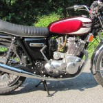 Triumph Trident T160 - 1975 - Motor and Transmission, Seat, Gas Tank, Frame and Forks.
