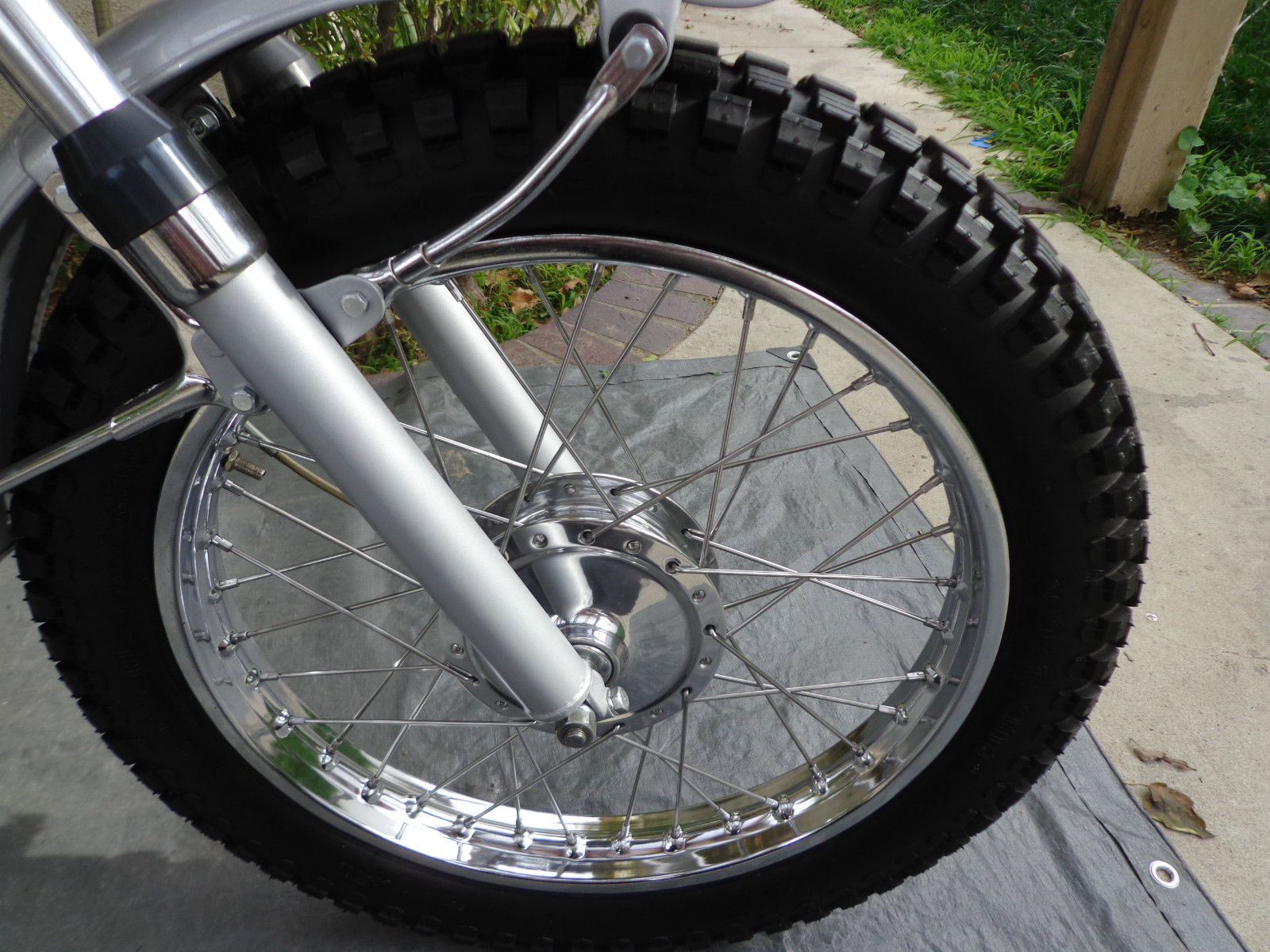 Yamaha CT1 175 Enduro - 1971 - Front Forks, Front Wheel, Mudguard Stays and Fender.
