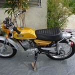 Yamaha CT1 175 Enduro - 1971 - Handlebars, Tank, Seat, Frame, Grips, Fenders and Wheels.