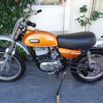 Yamaha DT1 - 1971 - Seat, Gas Tank, Frame, Motor and Transmission.