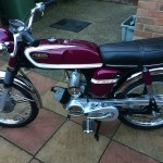 Yamaha FS1E - 1975 - Popsicle Purple, Fizzy, Yamaha Badge, Pedals, Seat and Chain Guard.