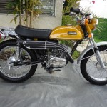 Yamaha CT1 175 Enduro - 1971 - Right Side View, Engine and Gearbox, Exhaust, Wheels and Forks.