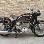 BMW R69S - 1963 - Engine and Gearbox, Headers and Mufflers, restored Frame and Tank.