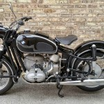 BMW R69S - 1963 - BMW Badge, Seat, Heads, Frame and Forks.