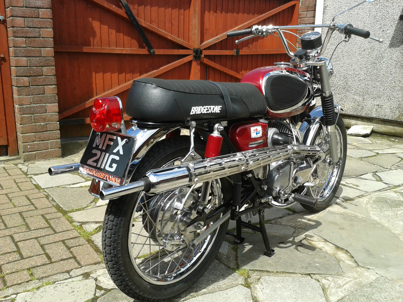 Bridgestone Mach11 -1969 - Rear Fender, Number plate, Rear Light and Upswept Exhaust.