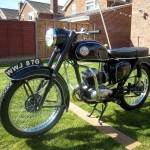 BSA Bantam D14 - 1968 - Front Wheel, Spokes, Drum Brake and Mudguard.