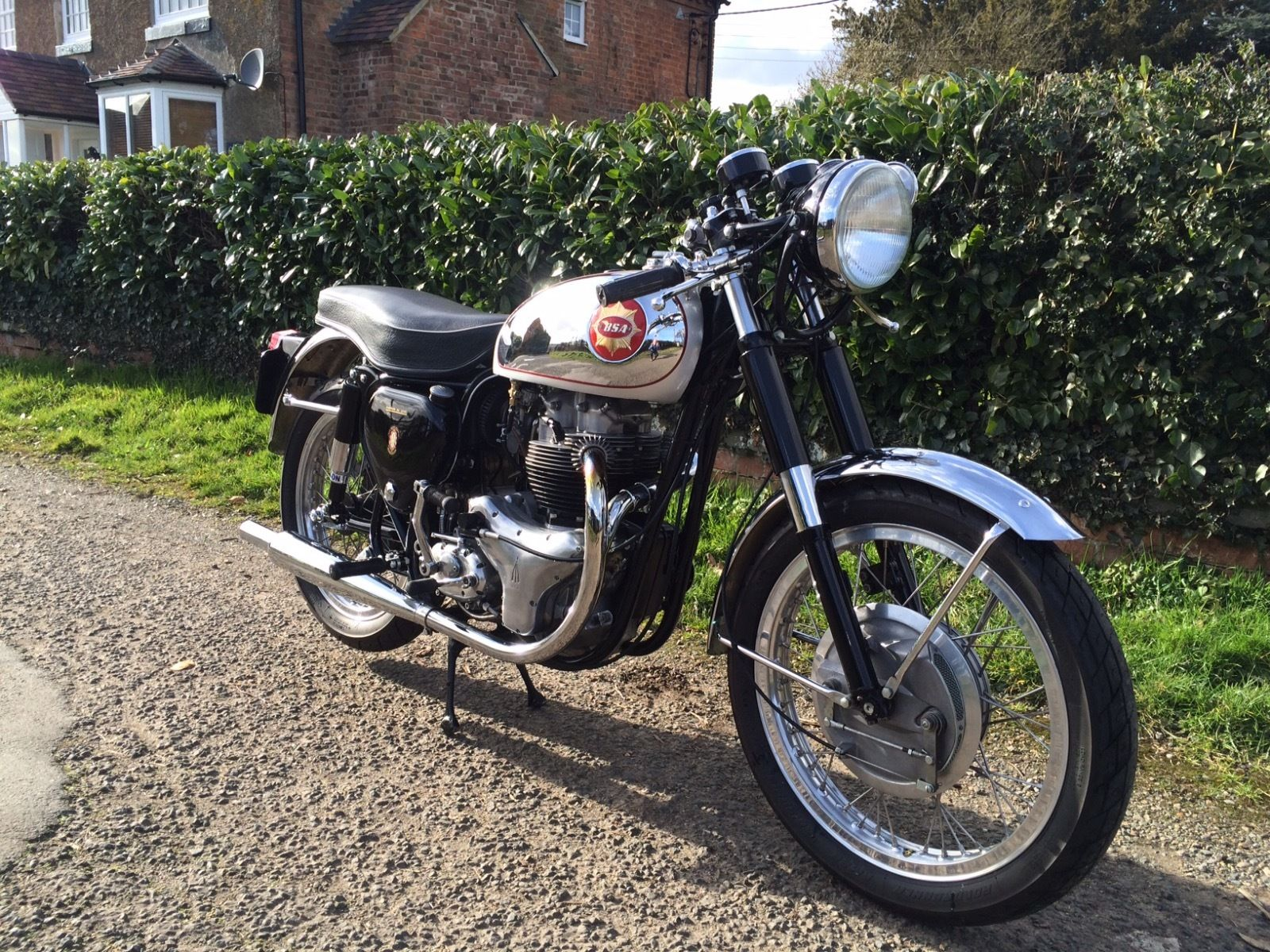 BSA Gold Star Replica - 1960 - Replica Goldie, Siamese Exhaust, Front Brake, Front Forks and Mudguard.