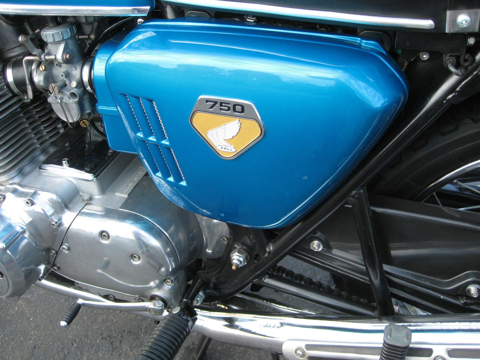 Honda CB750 K0 - 1970 - Vented Side Panel, Footrest, Frame and Gear Change.