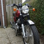 Norton Commando 750 - 1971 - Front Wheel, Front Fender, Headlight, Flashers and Forks.