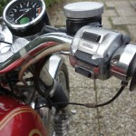 Norton Commando 750 - 1971 - New RH Switch, Handlebars, Brake and Throttle.
