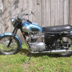 Triumph Trophy TR6 - 1968 - Seat, Tank, Frame and Forks.
