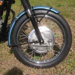 Triumph Trophy TR6 - 1968 - Front Wheel, Fender, Brake and Forks.