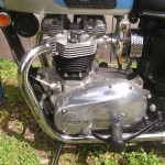 Triumph Trophy TR6 - 1968 - Motor and Transmission, Carb, Air Filter, Exhaust and Brake Lever.