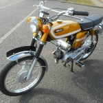 Yamaha FS1E - 1974 - Front Forks, Front Wheel, Front Mudguard, Headlight and Handlebars.