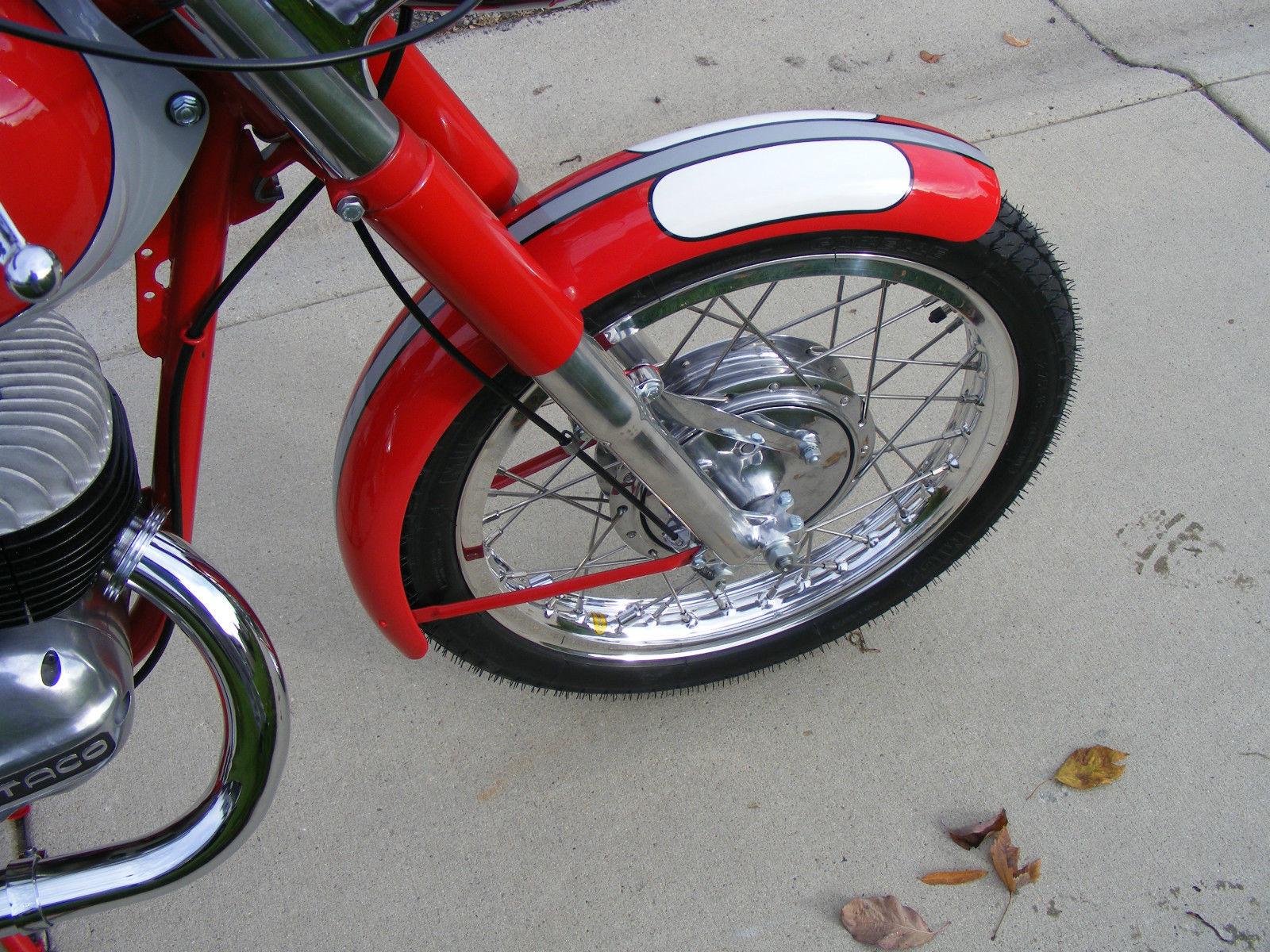 Bultaco Mercurio - 1966 - Front Wheel, Spokes, Forks and Brake Drum.