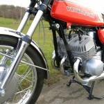 Kawasaki H1C 500 - 1972 - Front Forks, Front Fender and Front Wheel.