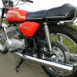 Kawasaki H1C 500 - 1972 - Rear Wheel, Chain Guard, Rear Shock, Grab Rail and Seat.