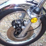 Kawasaki Z1 - 1975 - Front Wheel, Disc Brake, Calliper and Reflector.