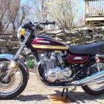 Kawasaki Z1 - 1975 - Fuel Tank and Side Panels.