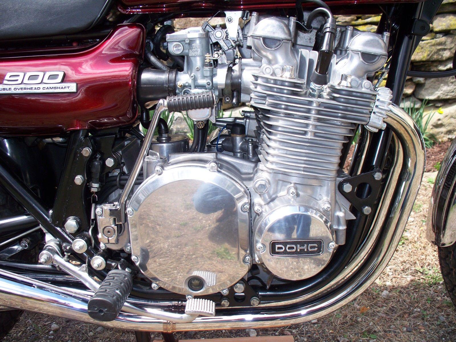 Kawasaki Z1 - 1975 - Brake Lever and Footrest.