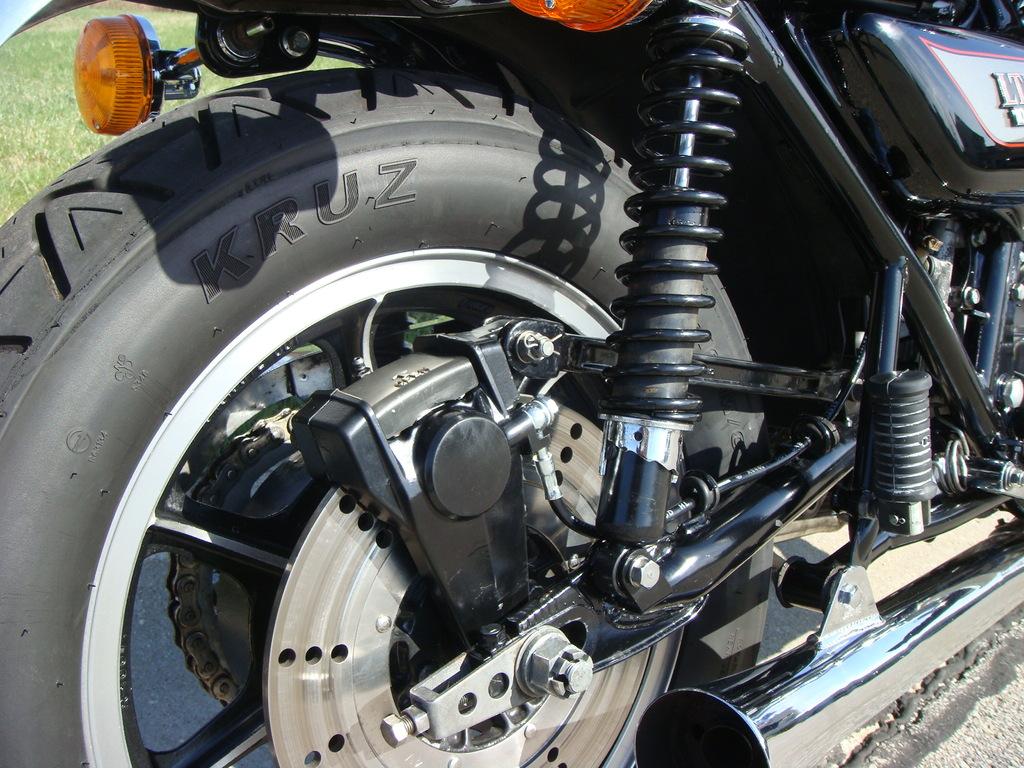 Kawasaki Z1000 LTD - 1980 - Brake Disc, Rotor, Brake Calliper, Chain Adjuster and Swing Arm.
