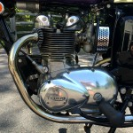 Triumph Daytona - 1970 - Motor and Transmission, Exhaust, Spark Plug and Cap.