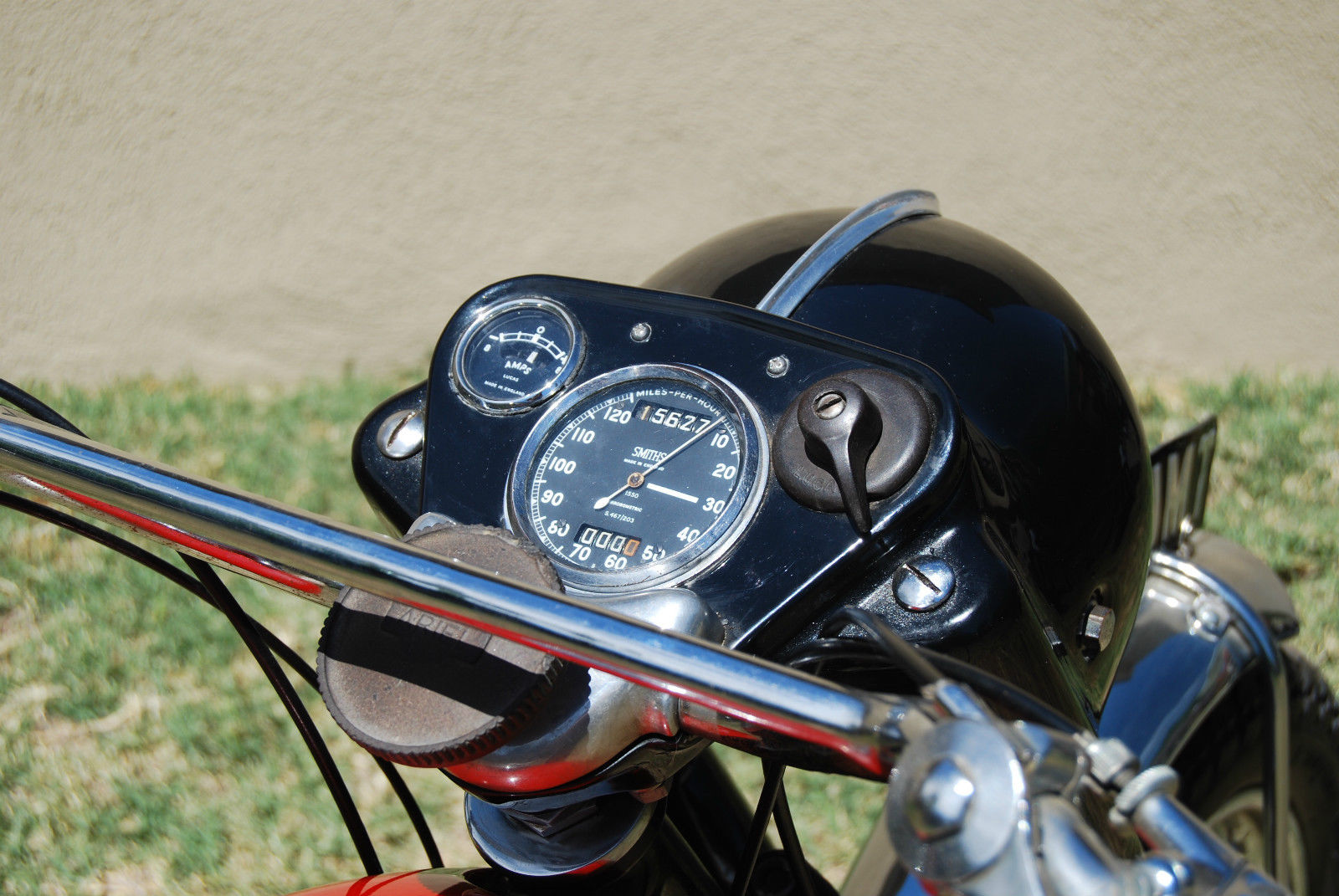 Ariel HS - 1957 - Ammeter, Speedo, Ignition, Steering Damper and Headlight.