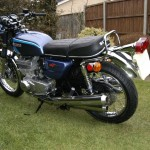 Suzuki GT550 - 1973 - Seat, Trim, Tank, Side Panels, GT550 Badge and Stainless Spokes.