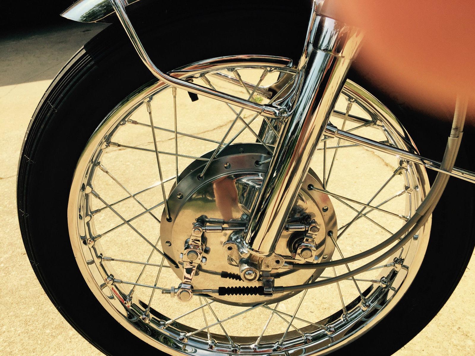 Suzuki T250 - 1972 - Front brake, Plate, Wheel, Spokes, Mudguard and Speedo Cable.