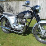 Triumph Speed Twin - 1964 - Right Side View, Frame and Forks, Wheels Brakes and Tyres, Seat and Grips.