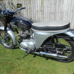 Triumph Speed Twin - 1964 - New Seat, Mufflers, Side Stand, Gas Tank, Fender and Mirror.