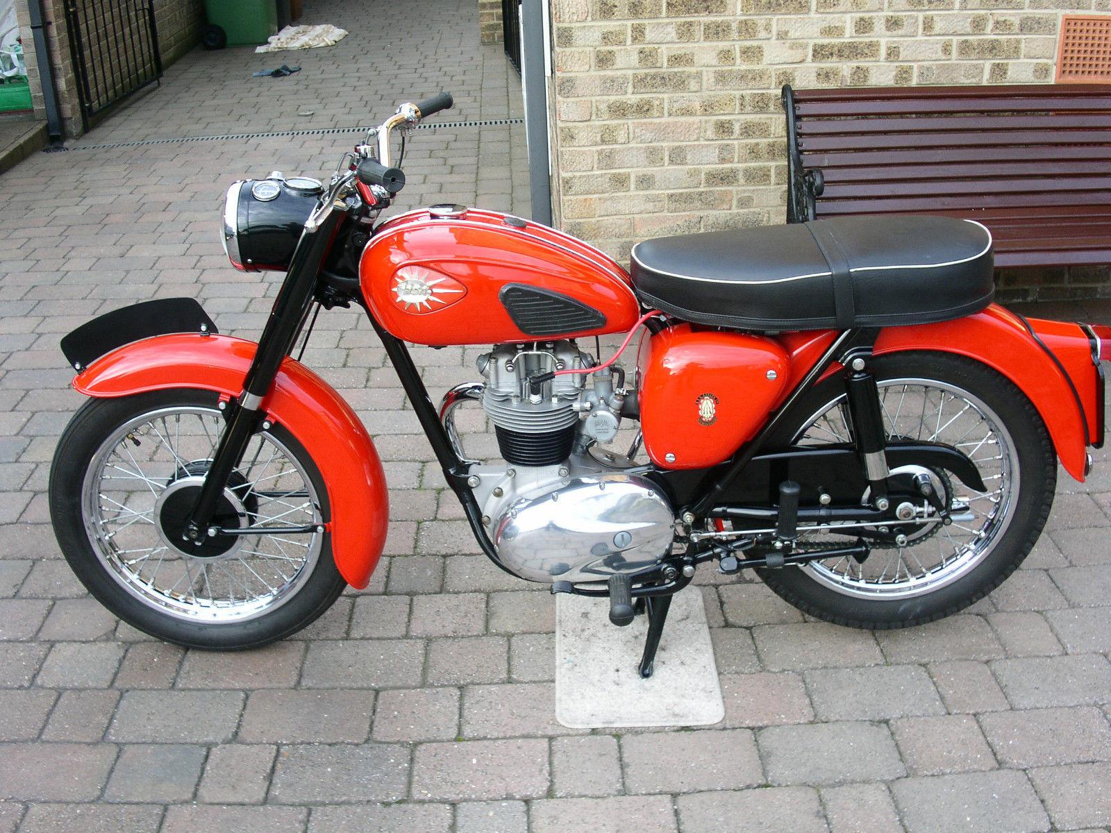 BSA C15 - 1958