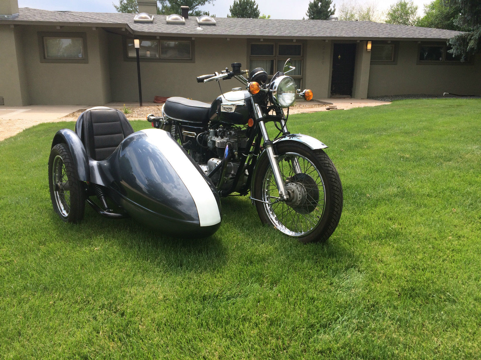 triumph bonneville with sidecar - 1977 - restored classic
