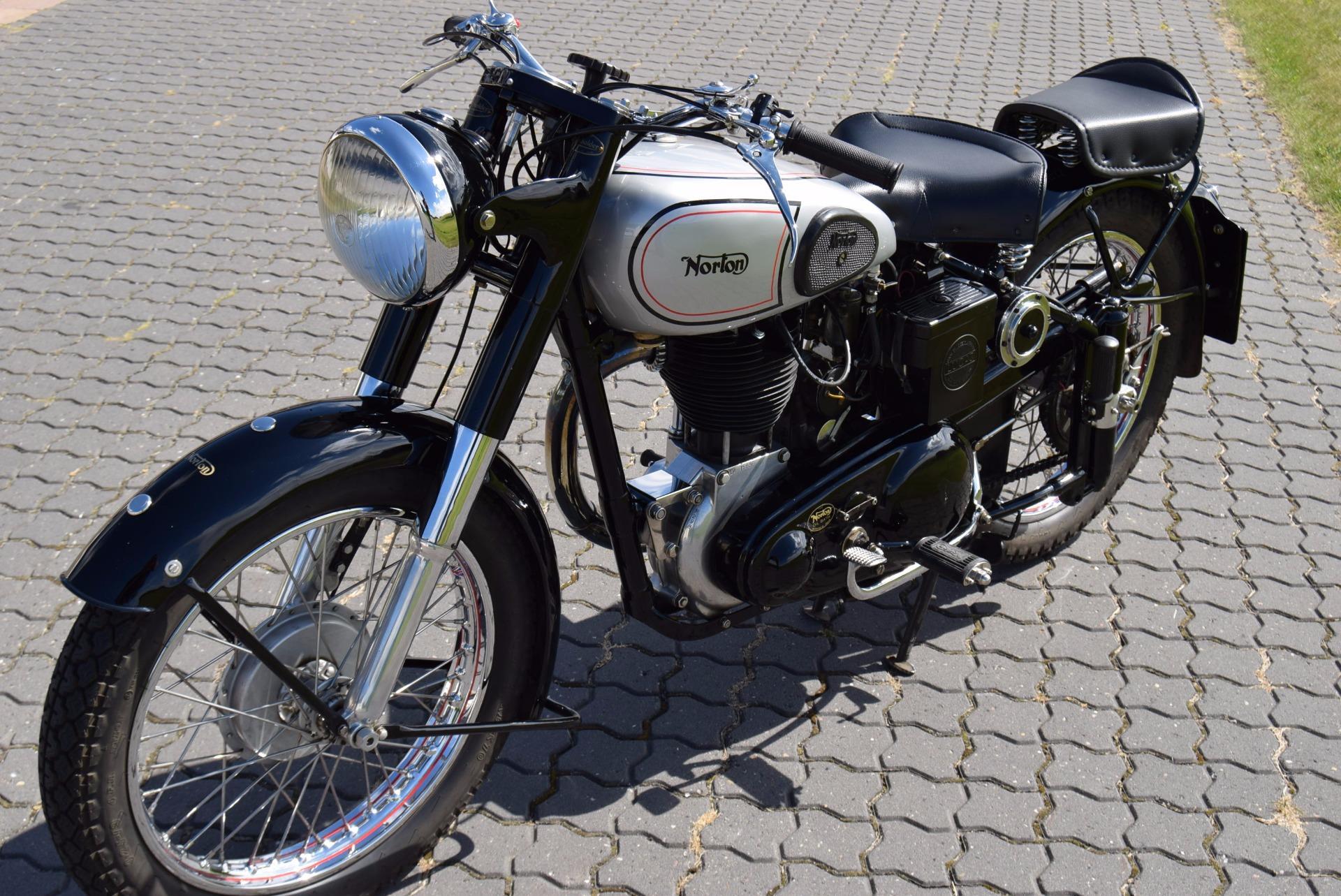 Norton ES2 - 1949